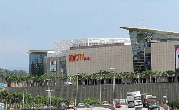 IOI-City-Mall-Putrajaya-620x381